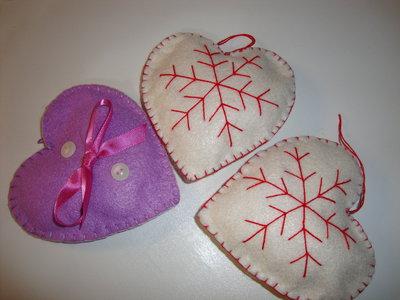 Addobbi  artigianali per l'albero di natale in pannolenci soggetti vari albero stella cuore