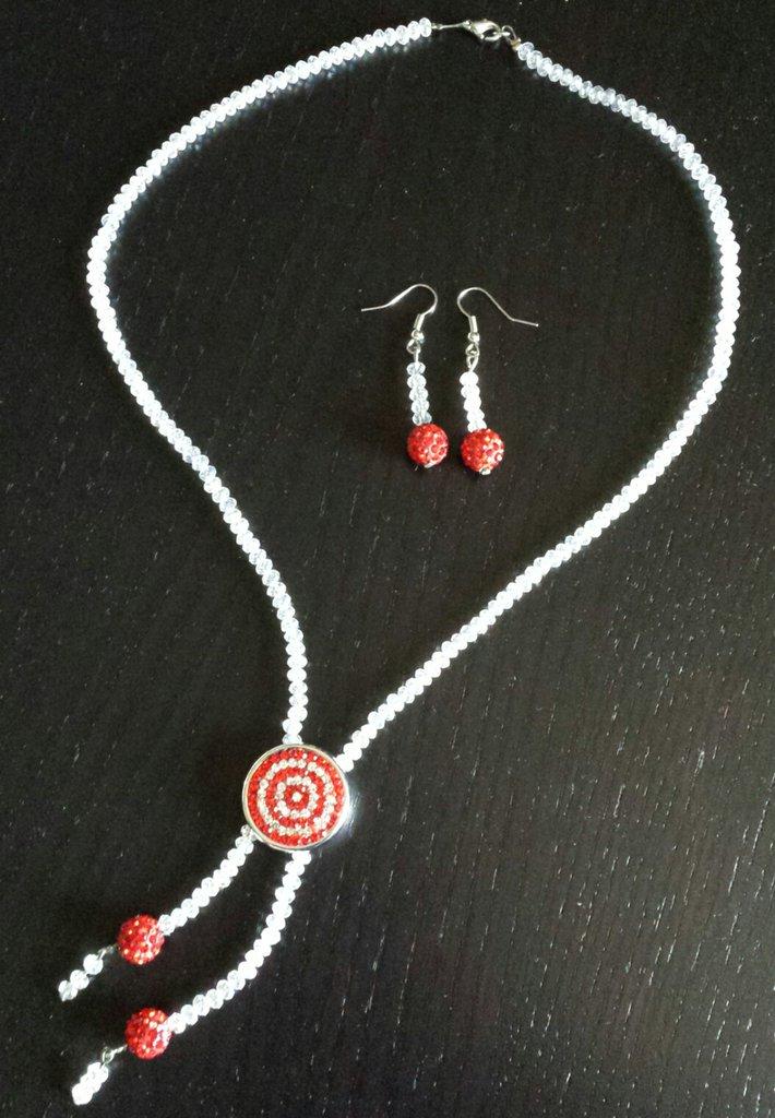 Collana perline bianche e pavè rosso con orecchini abbinati