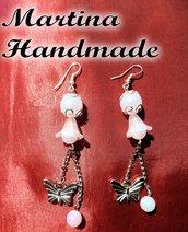 Orecchini pendenti con campanelle e farfalla