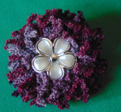 Spilla fiore in lana