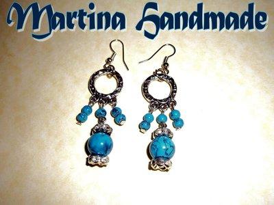 Orecchini pendenti con perle marmorizzate azzurre