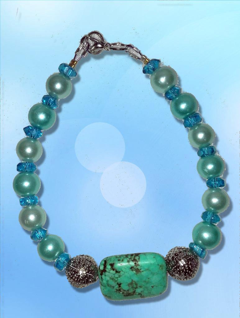 Bracciale azzurro con pietra naturale