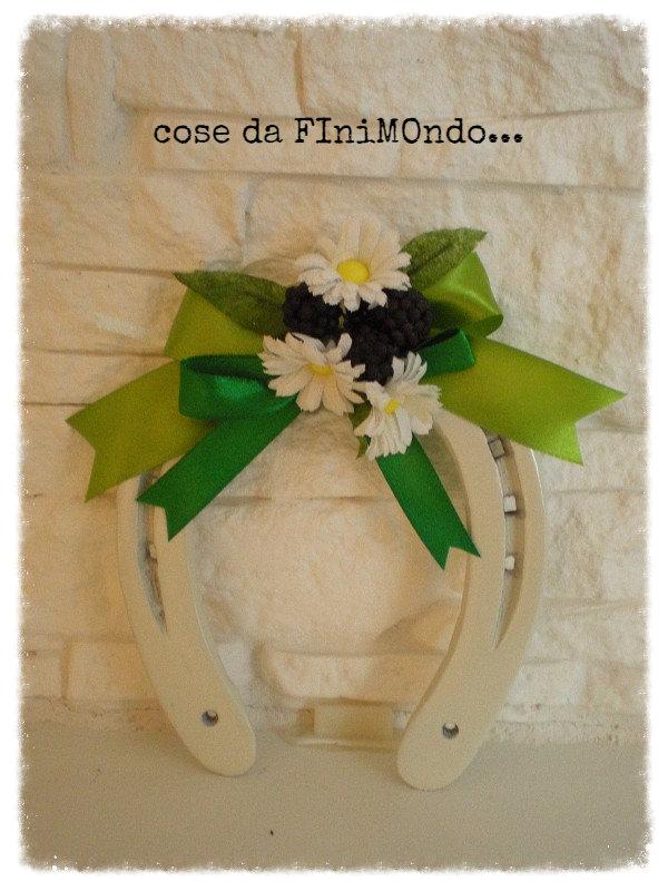 Ferro di cavallo portafortuna decorato per la casa e per te de su misshobby - Portafortuna casa nuova ...