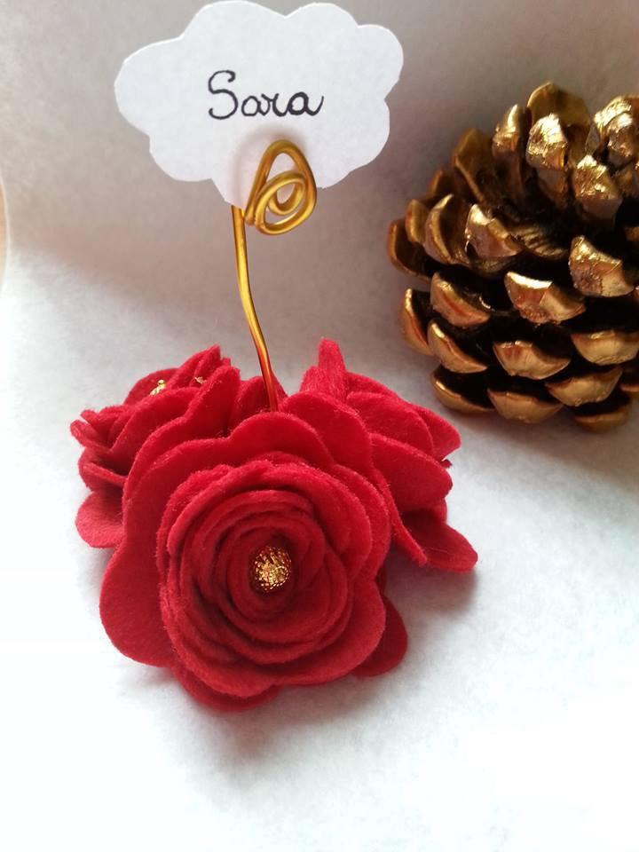 Segnaposto sposi completi di bigliettino a forma di fiore