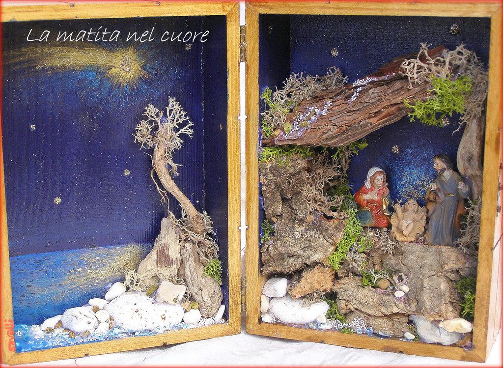 Presepio sul mare scatola legno grande 02 con tre figure fatto a mano
