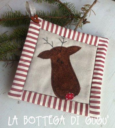 Presina natalizia con renna e bordo patchwork
