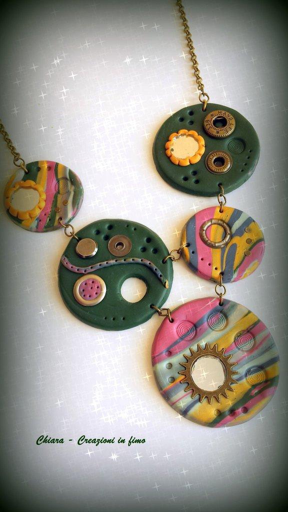 Collana in fimo fatta a mano colori autunnali in stile Steampunk