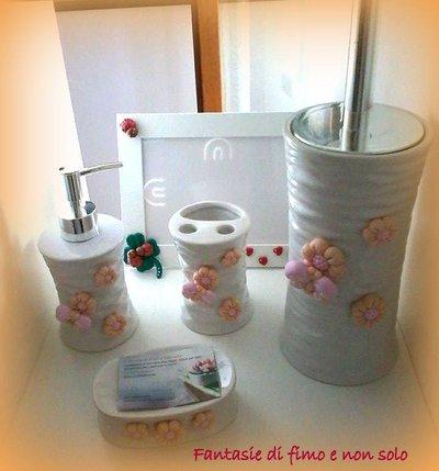 Set tris da bagno decorato