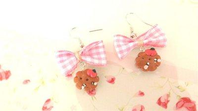 Novita FIMO - KAWAII - PAIO ORECCHINI con BISCOTTINI KAWAII con mela   e fiocco rosa a quadri