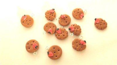 Novita FIMO - - LOTTO OFFERTA STOCK 12 BISCOTTINI MISTI con fruttini    per collane orecchini bracciali