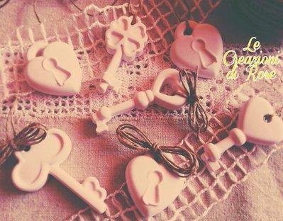 Gessi gessetti profumati segnaposto chiave lucchetto matrimonio bomboniera chiavi cuore
