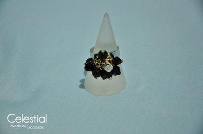 Anello con Biconi e Perle - Nero