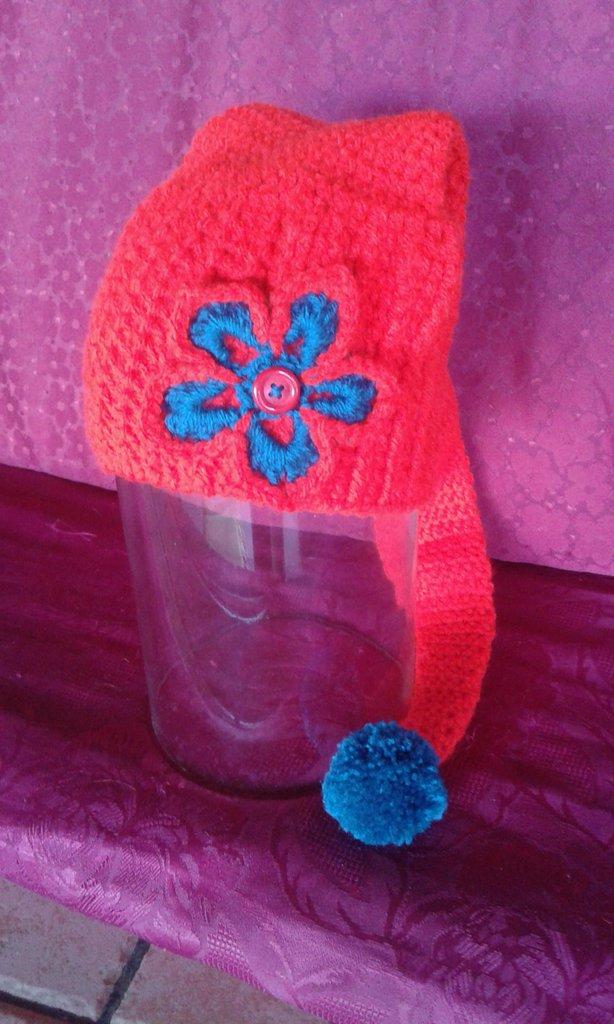 cappello di lana bambina lavorato ad uncinetto