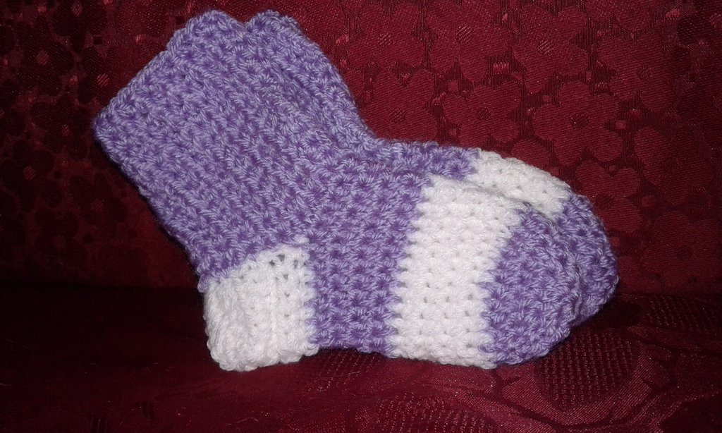 Comode Calze di lana bimba avorate all uncinetto