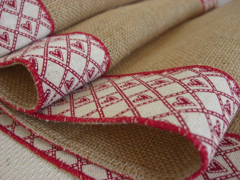 Runner juta naturale con decorazione di cotone-cuori - Dimensione 135x35 cm- Varieta' di opzioni colore-San Valentino