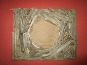 Specchio tondo con legnetti di mare
