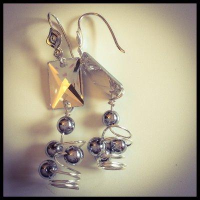 Orecchini in rame con perle hematite