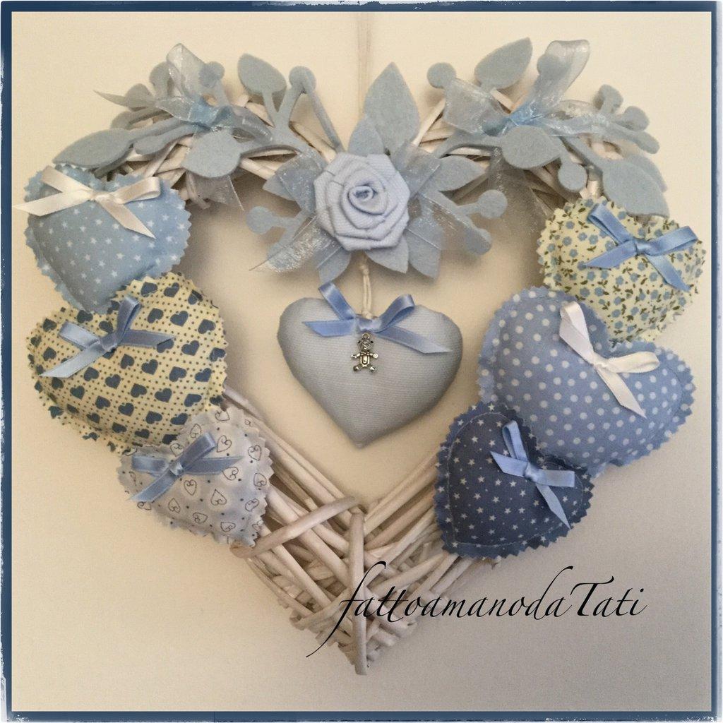 Cuore/fiocco nascita azzurro 8 cuori con rosellina