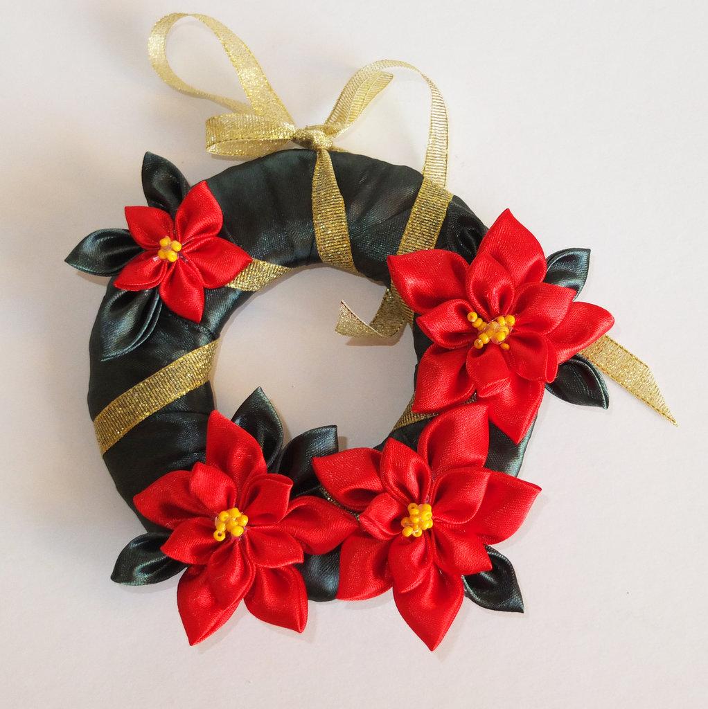 Corona/ Ghirlanda di Natale con stelle di Natale
