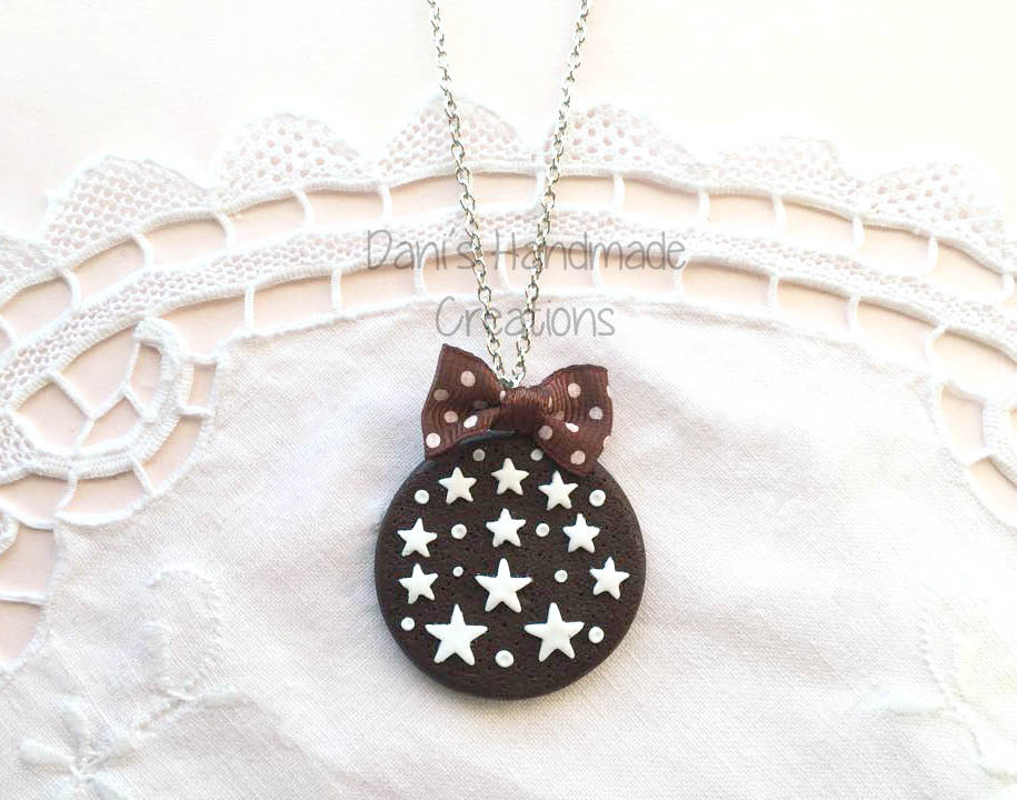 Collana biscotto pan di stelle