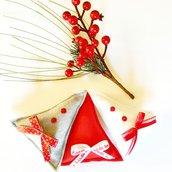 """Tris di decorazioni di Natale """"Abeti rosso, grigio e bianco"""" in pannolenci, perline e raso"""