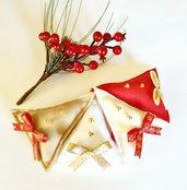 """4 decorazioni di Natale in pannolenci """"Abeti con tocchi dorati"""""""