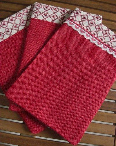 Sacchetti regalo Natale juta rossa e nastrino  - Dimensione 27x18 cm - Varieta' di opzioni colore - Rustic chic
