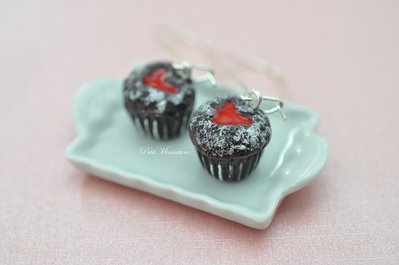 Orecchini Cupcake Cioccolata cuore morbido Natale-Natale Cupcake-Fimo Miniature cibo-Pendenti-Gioielli Natale
