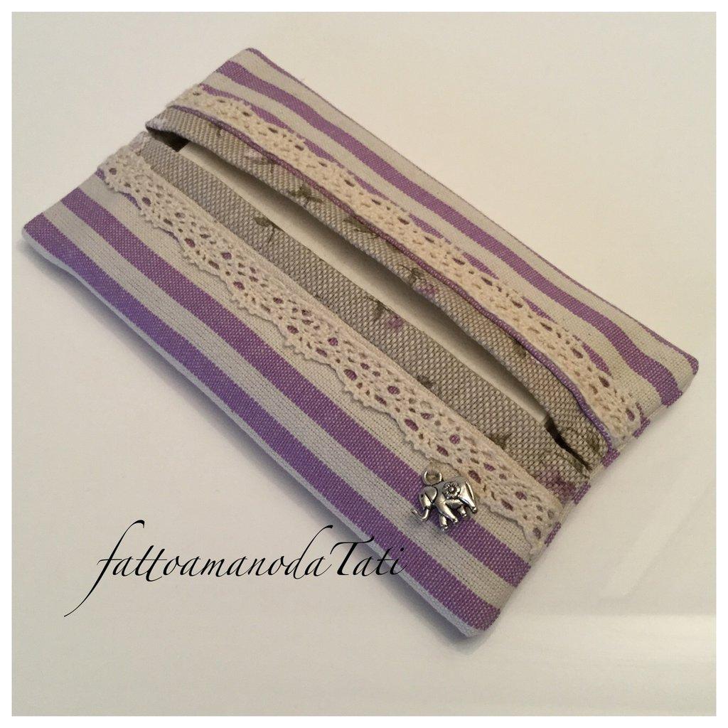Porta fazzoletti di carta in cotone a righe lilla e beige con pizzo