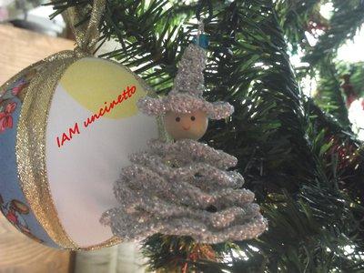 Gnomo folletto fiore o fatina, fatti all'uncinetto, perfetti anche come decorazione per l'albero di Natale