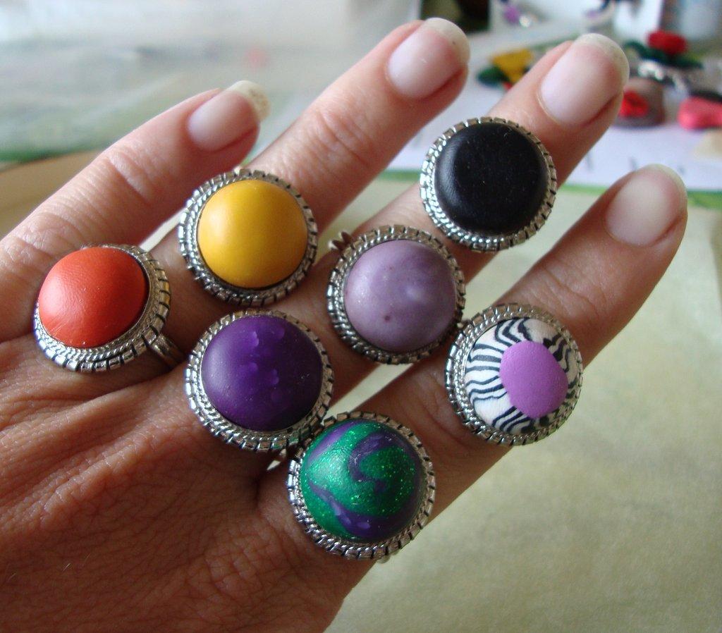 Anello vari colori