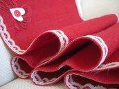 Runner juta rossa e pizzo con cuori in feltro bianchi-Dimensione 140x37cm-Varieta' di opzioni colore-San Valentino