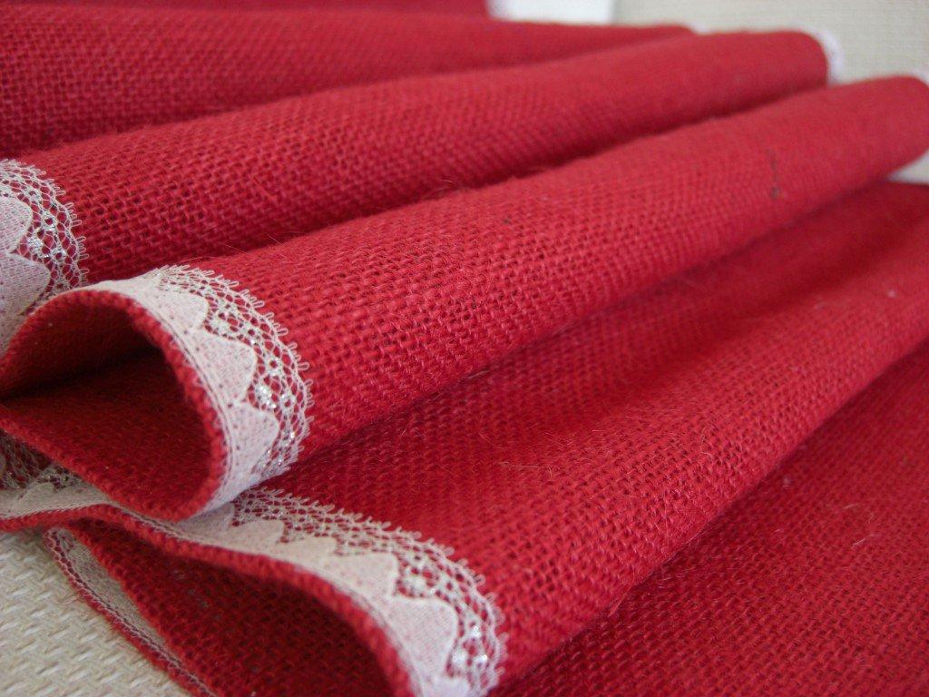 Runner juta rosso con pizzo bianco e argento-Dimensione 144x35 cm-Varieta' di opzioni colore- Pacchetto regalo incluso