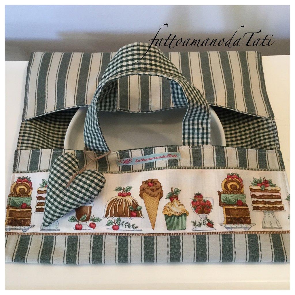 Porta torte in cotone a righe verdi e beige con striscia di dolci applicata