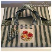 """Porta torte in cotone a righe verdi e beige con appliquè """"3 tortine di frutta"""""""