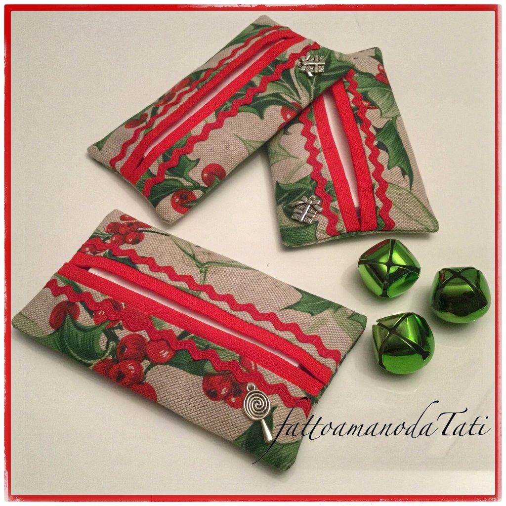 Porta fazzoletti di carta in cotone ecrù con agrifoglio grande