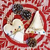 Coppia di addobbi di Natale rustic-chic in pannolenci, campanellini e iuta
