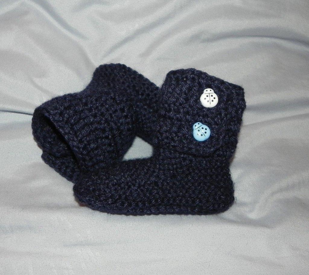 Scarpette-stivaletti stile Hugg 9-12 mesi  BLU con bottoni coccinella azzurro e bianco
