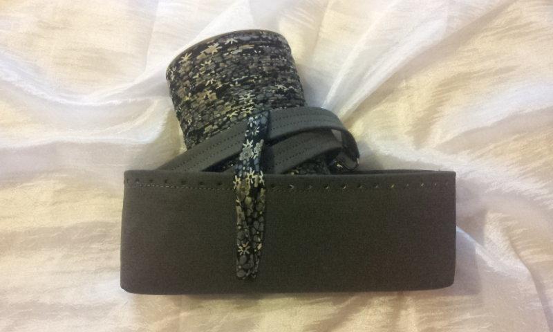 kit Fondo alto e coppia manici in ecopelle grigio scamosciato per borse in fettuccia e rocca fettuccia fantasia