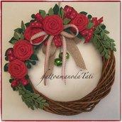 Ghirlanda grande in midollino con 5 rose rosse