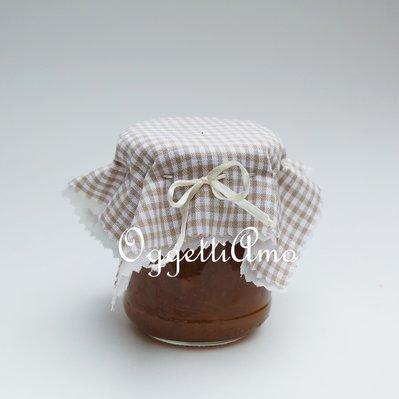 Coprvasetti in cotone a quadri beige e bianchi per decorare in modo shabby le vostre marmellate!