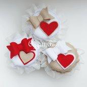 Set di 3 coprivasetti in feltro con cuori e fiocchi per regali golosi fatti con il cuore!