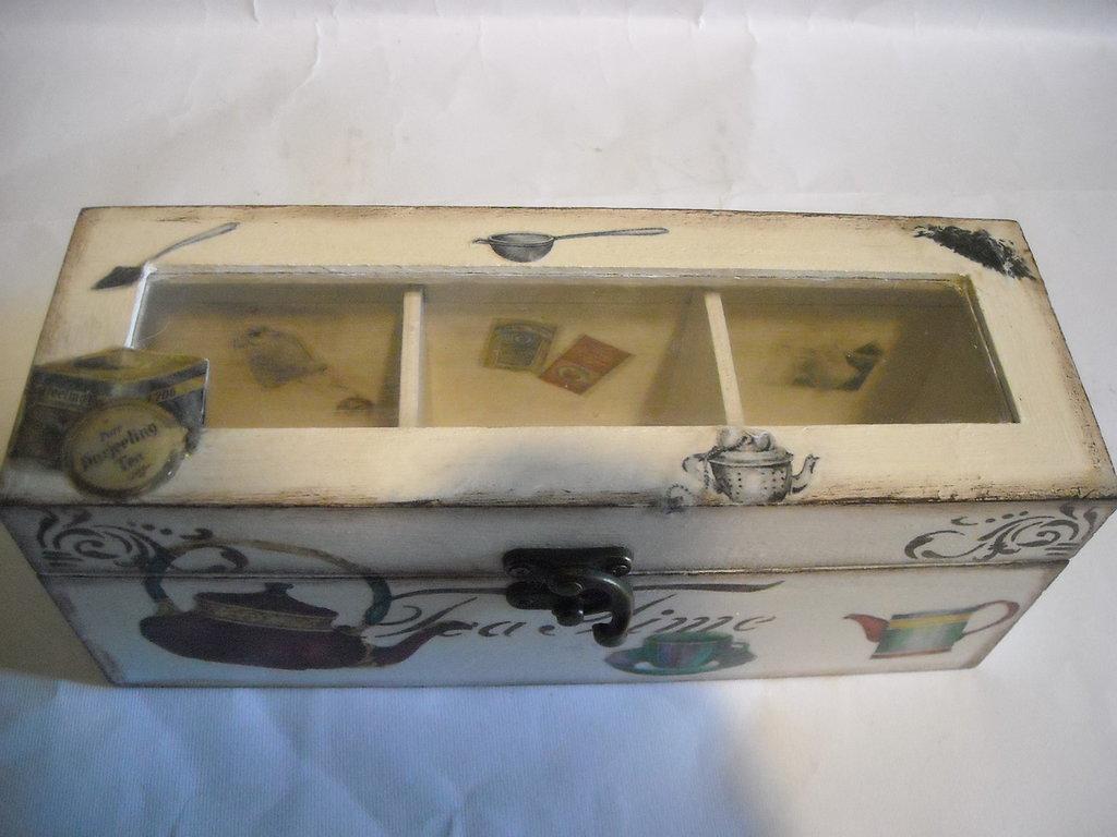 Scatola-contenitore porta bustine tè o tisane legno,3 settori,découpage stencil