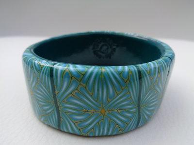 Bracciale rigido in pasta polimerica colore azzurro-verde acqua