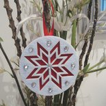 Decoro natalizio con strass bianco