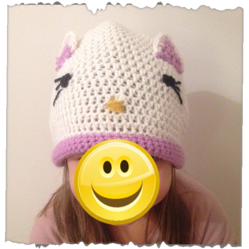 Cappello bambina lana uncinetto