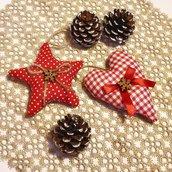 Coppia di addobbi di Natale country con bottoni di legno