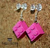 Orecchini LEGO originali pendenti fucsia