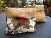 Cestino porta pane in tela di sacco e cotone.