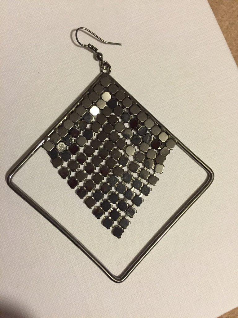 Orecchini quadrati in acciaio